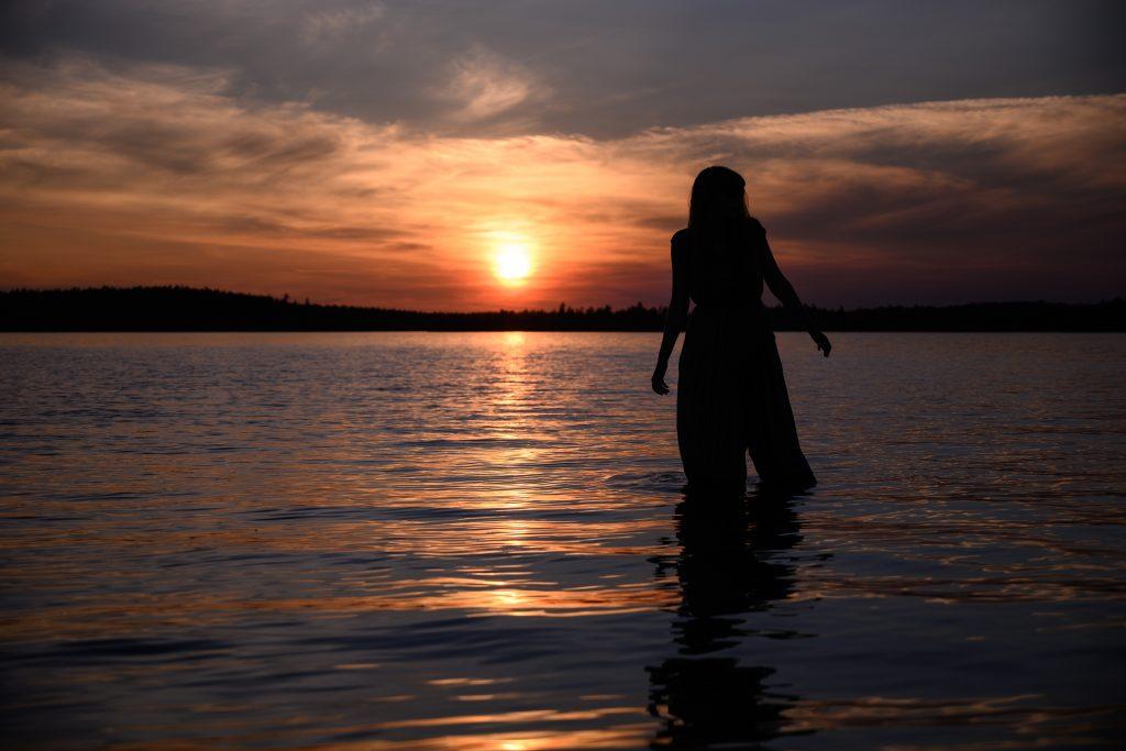 femme Sunset