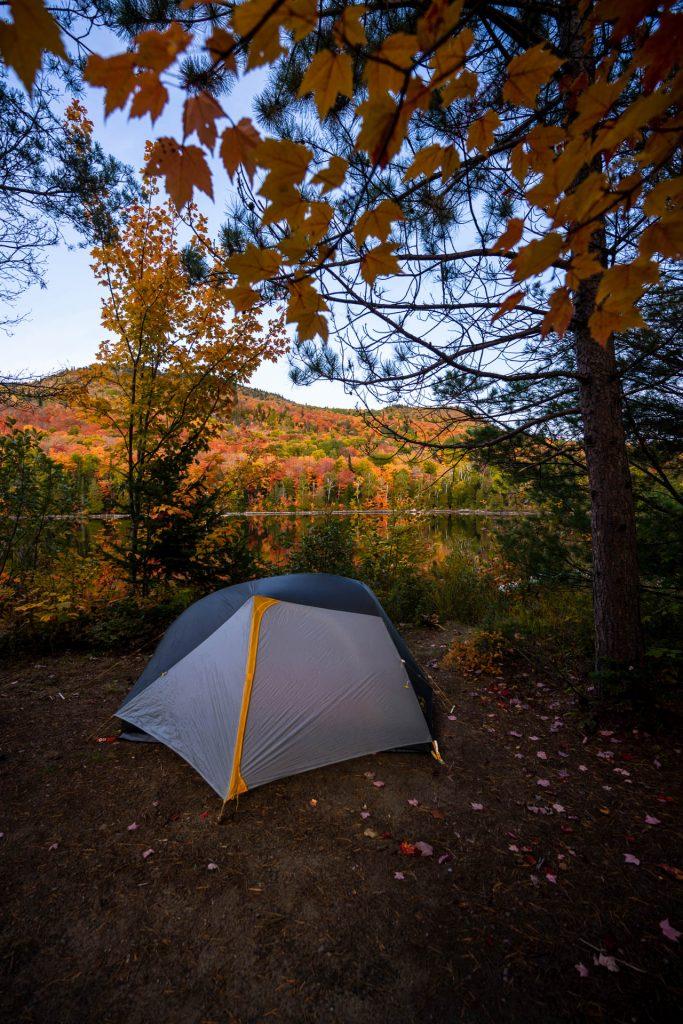 tente camping automne