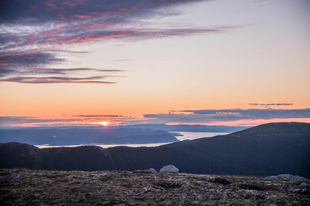 coucher de soleil monts Groulx